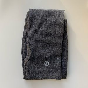 BNWOT Run Swiftly lululemon Arm Warmers